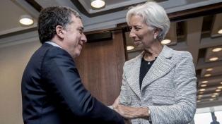 Para Lagarde, la economía se recupera y llama a los candidatos a mantener el plan económico