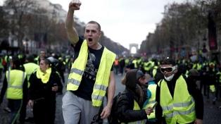 """Piden a los """"chalecos amarillos"""" suspender sus protestas por el ataque en Estrasburgo"""