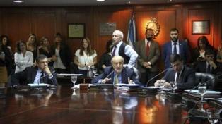 Debaten el impuesto a las Ganancias a los jueces y sanciones para Soto Dávila