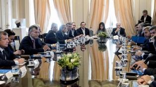 Macri encabeza una reunión de gabinete nacional en Casa de Gobierno