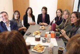 Awada, Stanley y Vidal visitaron un hogar de protección integral de la mujer en Moreno