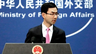 """Washington amaga con más aranceles y Beijing promete """"luchar hasta el final"""""""
