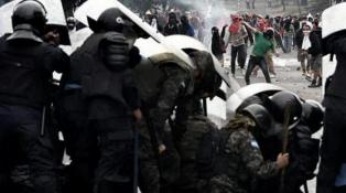 Disturbios durante una movilización para pedir la renuncia del presidente