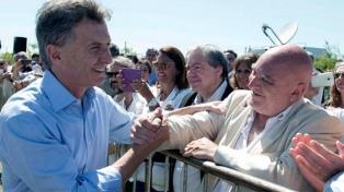 """Macri lleva a Corrientes la campaña """"Sí, se puede"""", como antesala del acto en el Obelisco porteño"""