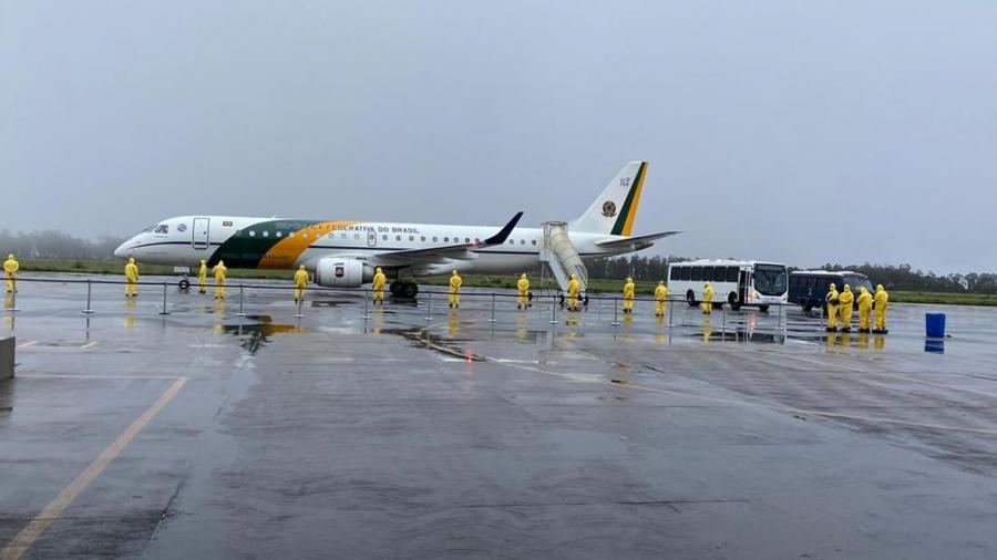 Llegan a Brasil los dos aviones con repatriados por el coronavirus de Wuhan