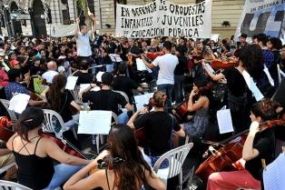 La Justicia ordenó al gobierno porteño reponer en su cargo al titular de las orquesta juveniles