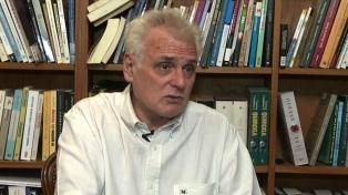 """Carlos Ulanovsky: """"El periodismo es un ejercicio de curiosidad"""""""