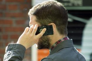 Pymes se organizan para ofrecer el servicio móvil Libre.ar