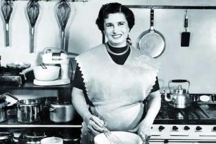 Al rescate de Doña Petrona, la emprendedora del siglo XX que se creó a sí misma
