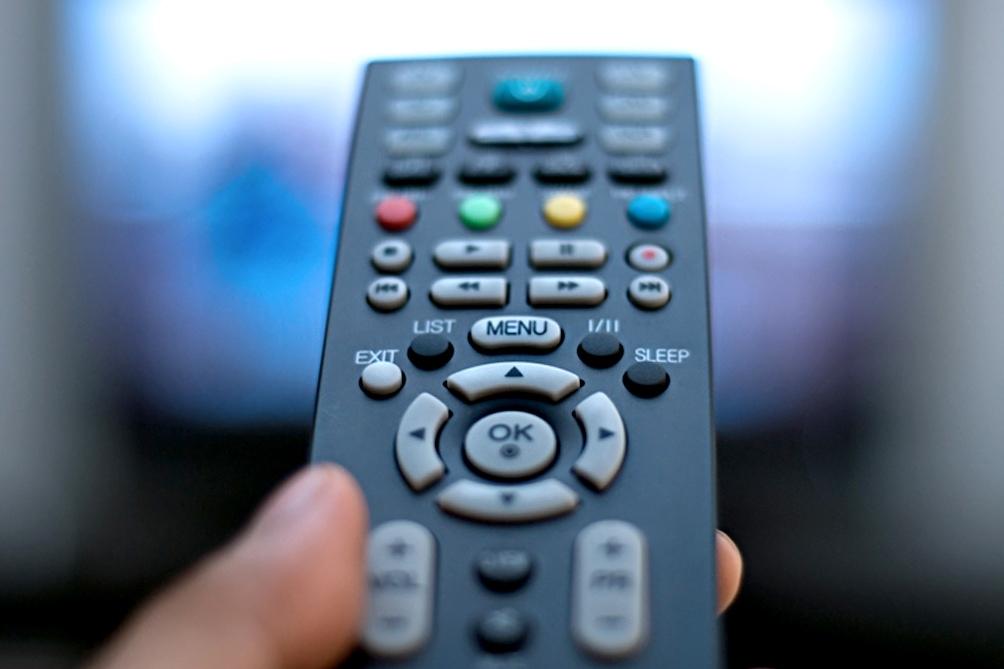 En una solicitada, exigen al grupo Cablevisión-Clarín-Telecom que