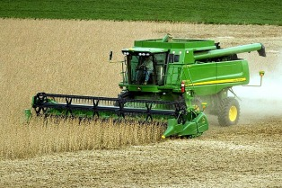 Proyectan un incremento de entre 10% y 15% en la venta de maquinaria agrícola para este año