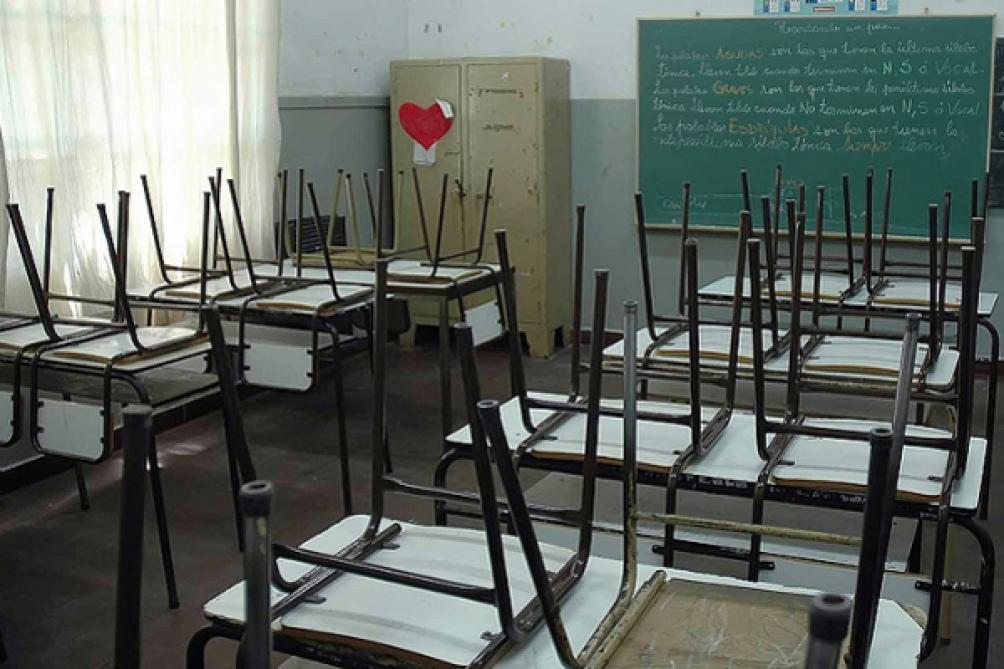 """El dirigente afirmó que """"lo que queremos los maestros es cuidarnos y fomentar las clases de manera virtual""""."""
