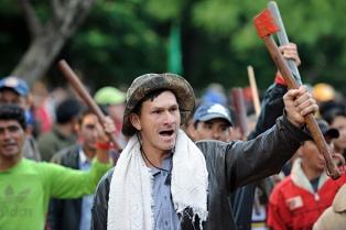 Otra protesta de campesinos en Asunción en reclamo de tierras
