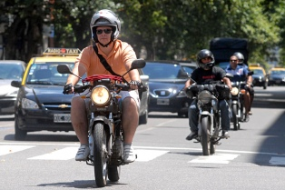 La transferencia de motos creció 8,6% en abril