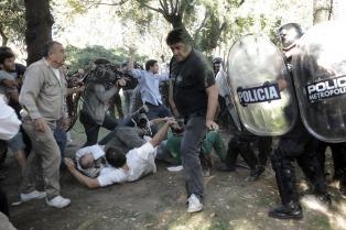 Macri fue sobreseído en la causa por la represión en el Hospital Borda