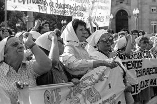 Encuentro emite un documental sobre la primera ronda de las Madres de Plaza de Mayo