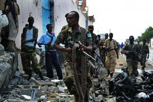 Un ataque contra militares y otro contra civiles dejaron 32 muertos en Somalía