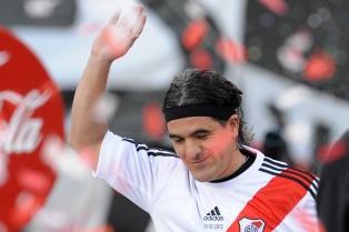 Ortega se despidió con fútbol y una emotiva fiesta ante un estadio colmado