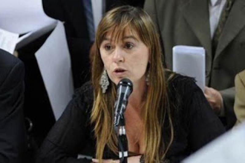 """Mujeres del PJ pidieron sanciones a """"Médicos por la Verdad"""" y Confemeco contestó por carta"""