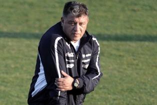 Borghi rechazó la oferta y es casi un hecho la llegada de Carlos Ischia