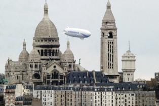 Un viaje en zepelin para conocer París desde los cielos de Francia