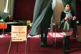 Con baja participación, Francia vota la segunda vuelta de las elecciones municipales
