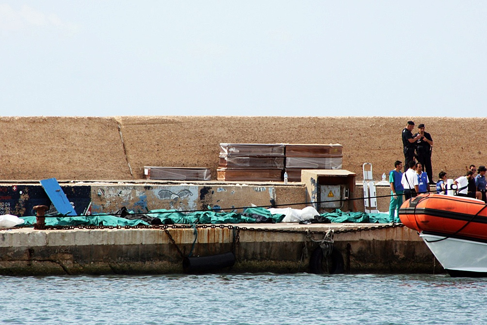 La embarcación, operada por la ONG española Open Arms, estuvo días frente a la isla de Lampedusa mientras esperaba permiso para desembarcar.