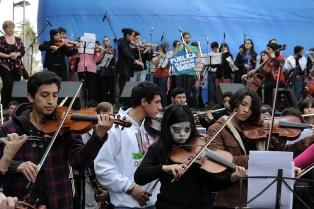 Filmus, Narodowski y Giannoni repudiaron el despido de Espector al frente de las orquestas infantiles