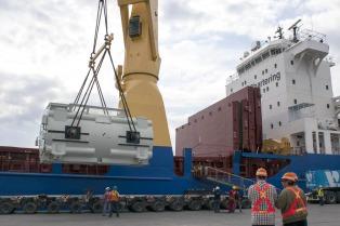 Suspenden las obras de una central termoeléctrica en Luján