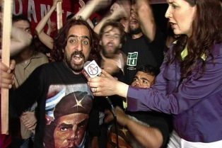 """En """"T.Ves""""? Diego Recalde ridiculiza a los noticieros de la TV"""