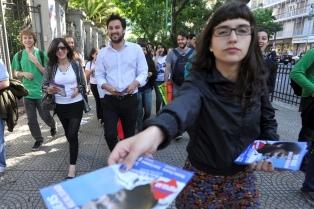 Alternativa Popular cerró la campaña electoral con una caravana a la Legislatura porteña