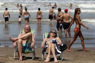 El Gobierno promulgó la ley que restablece los feriados puente
