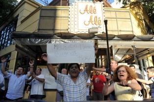 Cinco restaurantes porteños celebran un año de autogestión y dignidad