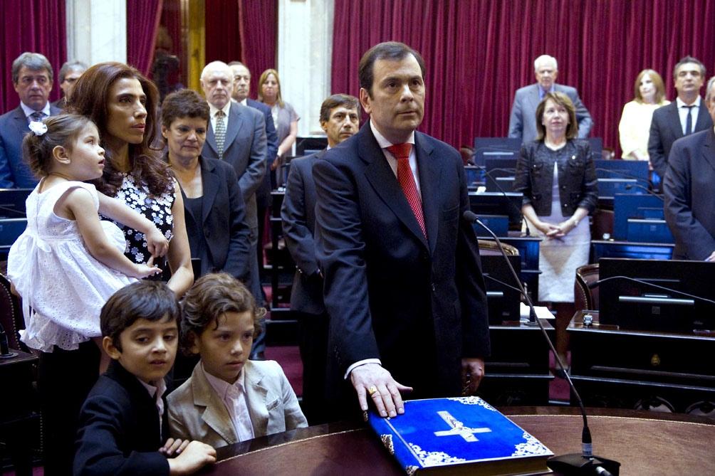 EL gobernador de Santiago del Estero y su esposa la senadora nacional se recuperaron de Covid19