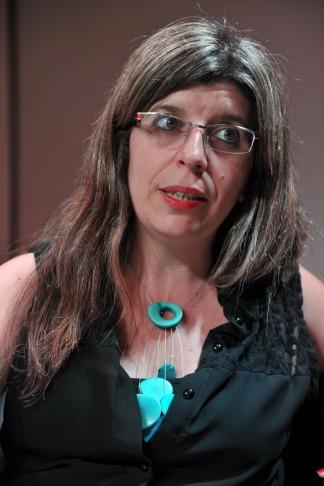 López es ensayista, docente y escritora y en ese momento dirigía el Museo del Libro y de la Lengua, institución que depende de la Biblioteca Nacional