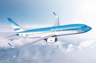 Meyer inauguró el vuelo de Aerolíneas Argentinas que une Cataratas y El Calafate