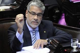 """Feletti acusa a Clarín de """"desestabilización"""" por la publicación sobre Liuzzi"""