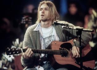 """La guitarra de Kurt Cobain en el """"MTV Unplugged"""" a subasta por un millón de dólares"""