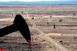Invirtieron 4 mil millones de dólares y Cerro Dragón volverá a niveles récord de producción de petróleo