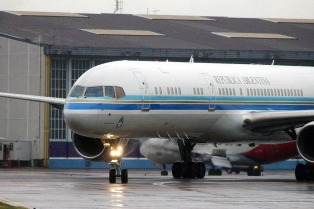 El comandante del avión presidencial negó ser investigado en EE.UU.