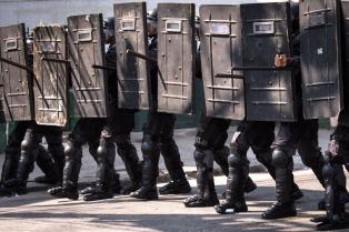Continúa el conflicto con la policía militar en Salvador de Bahía