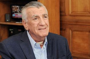 Gioja vaticinó el triunfo de Scioli en primera vuelta en octubre