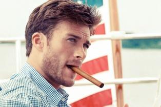 El hijo de Clint Eastwood protagonizará un filme sobre la novela de Sparks