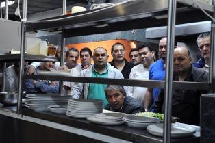Trabajadores del restaurante Lalo presentaron una propuesta para funcionar como cooperativa