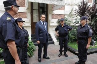 """Scioli calificó de """"conmovedora"""" la respuesta a la convocatoria policial"""