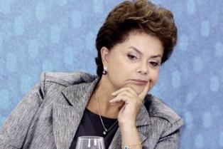 Rousseff afirmó que el seleccionado de fútbol brasileño está por encima de todo, incluso de la política