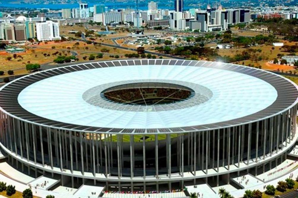 El Estadio Mané Garrincha cuenta con  lugar para 71.400  espectadores