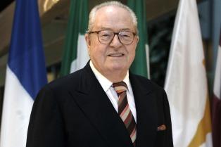 Jean-Marie Le Pen fue condenado por minimizar las cámaras de gas de los nazis