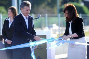 """""""Es una buena noticia este nivel de convivenvia"""", manifestó Macri tras el acto de ayer con Cristina"""