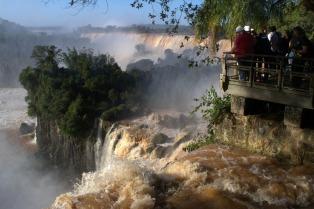 Récord histórico de visitantes al Parque Nacional Iguazú